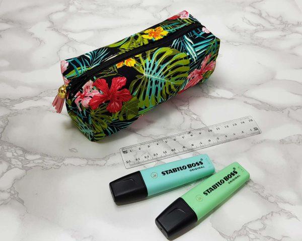 big pencil case - קלמר טרופי